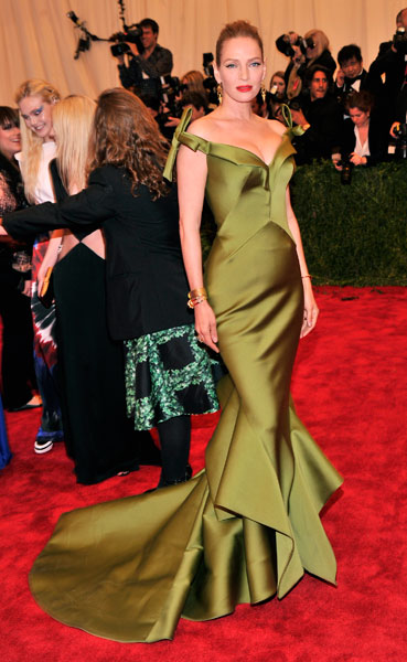 Uma Thurman in Zac Posen
