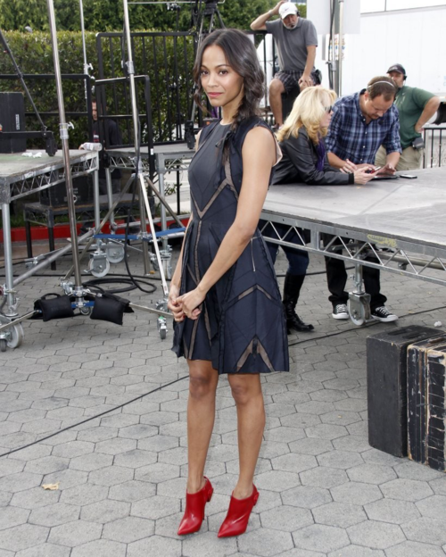 Actress Zoe Saldana Does It In Red | Shoeholics Club