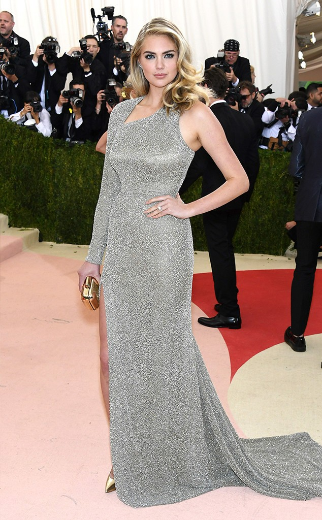 rs_634x1024-160502163402-634-kate-upton-MET-GALA-Arrivals-2016